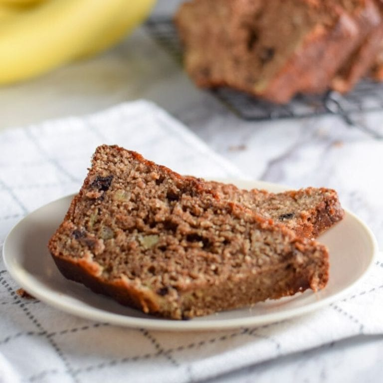 High Protein Banana Bread – Healthy & Easy