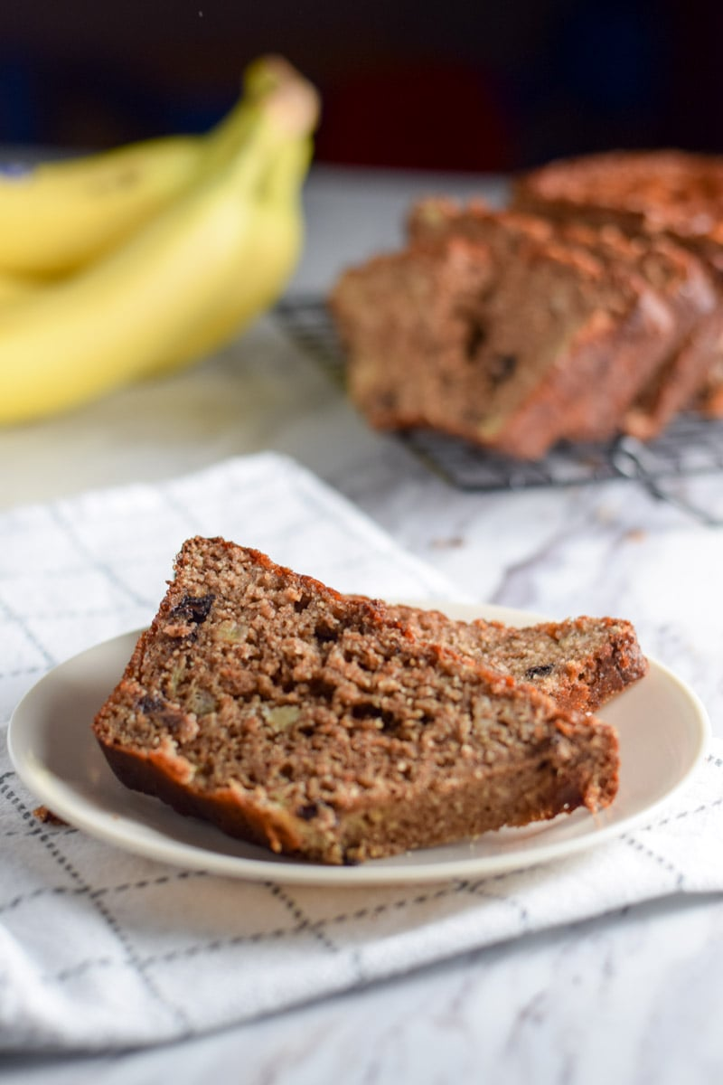 banana bread slice and bananas