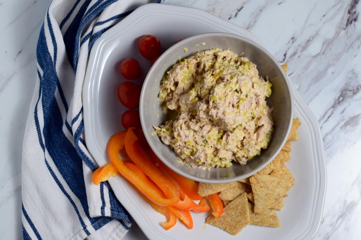 easy tuna made with greek yogurt
